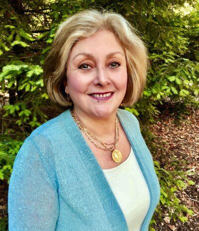 Dr. Mara Perez