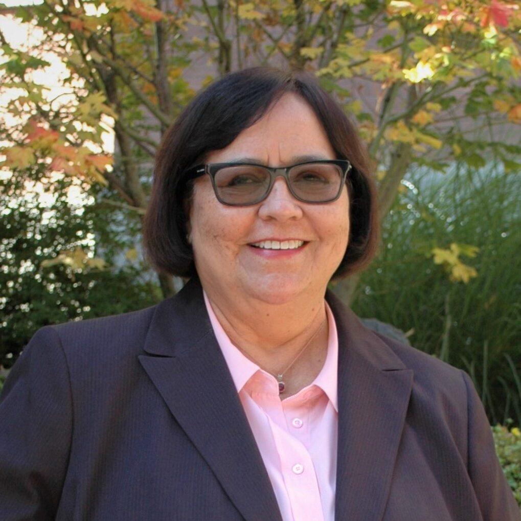 Dr. Deena González