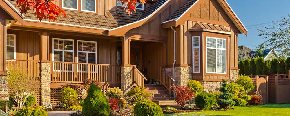 Late Season Leverage: How to Enhance a Fall Curb Appeal