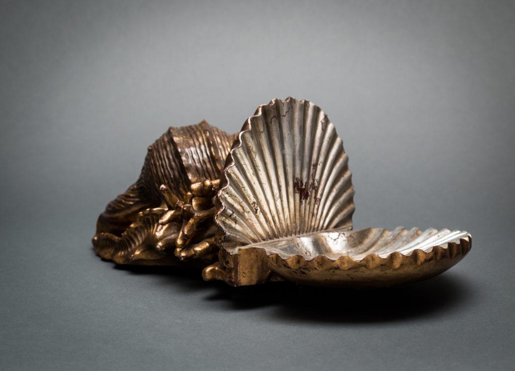 Gilt Wood Shelf in the Shape of a Shell