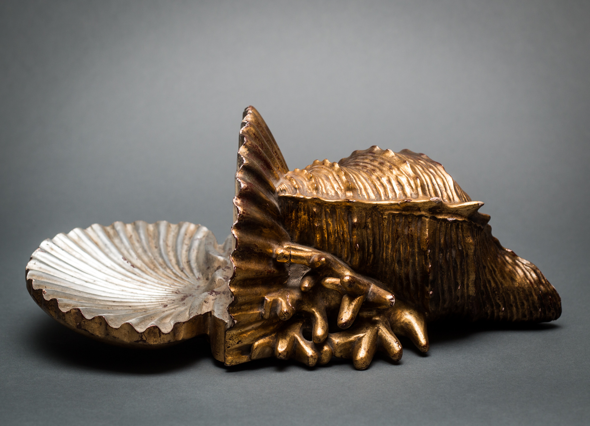 Gilt Wood Shelf in the Shape of a Shell