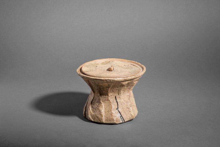 Hagi-ware Mizusashi (Water Container for Tea Ceremony)