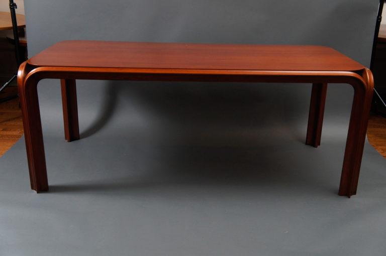 American 1930's Mahogany Dining Table.