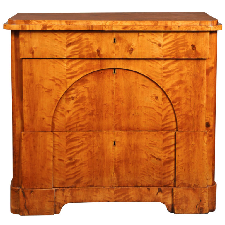Biedermeier Tiger Maple Commode