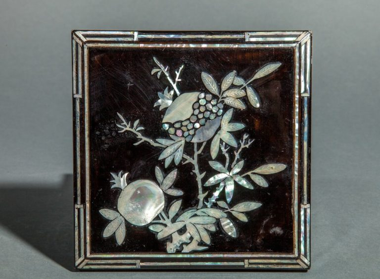 Chinese Early 20th century Lacquer Box with inlaid Mother of Pearl in Pomegranate Design