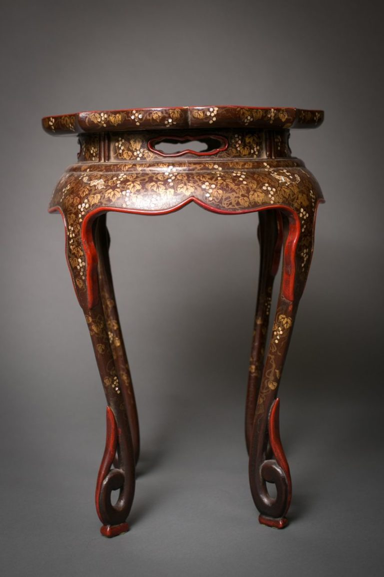 Japanese 17th Century Urushi Lacquer Stand