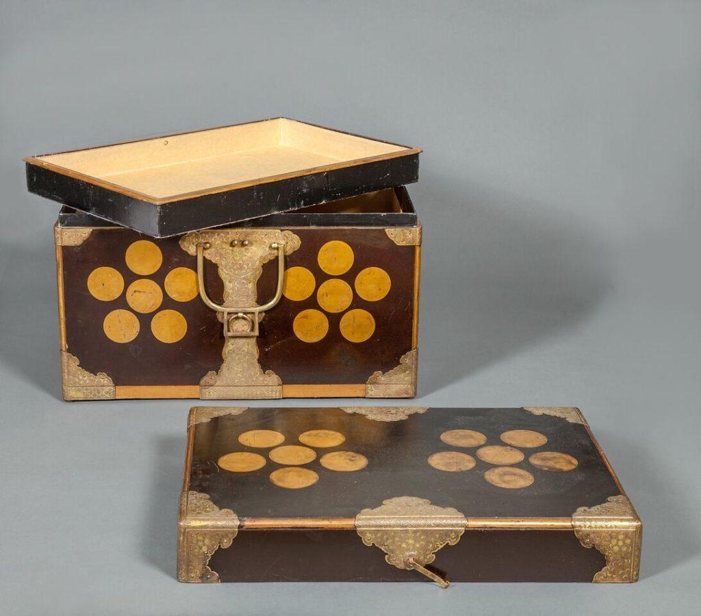 Japanese Edo Period Antique Lacquer Kimono Storage Box