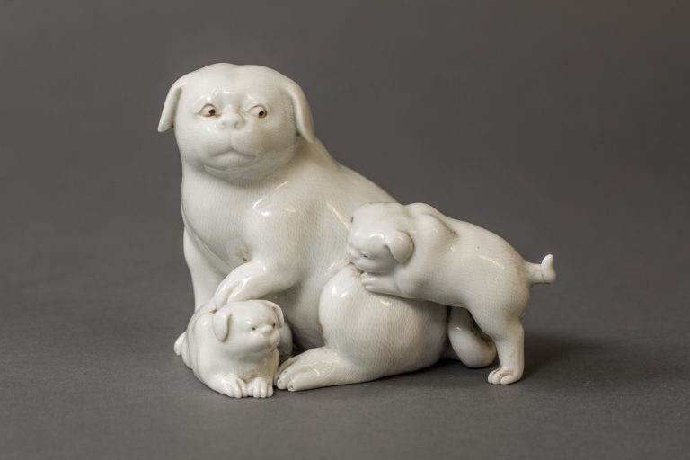 Japanese Edo Period Hirado Porcelain Sculpture of Mother and Puppies