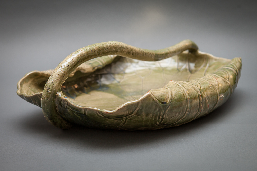 Japanese Meiji Period Lotus-Shaped Basin