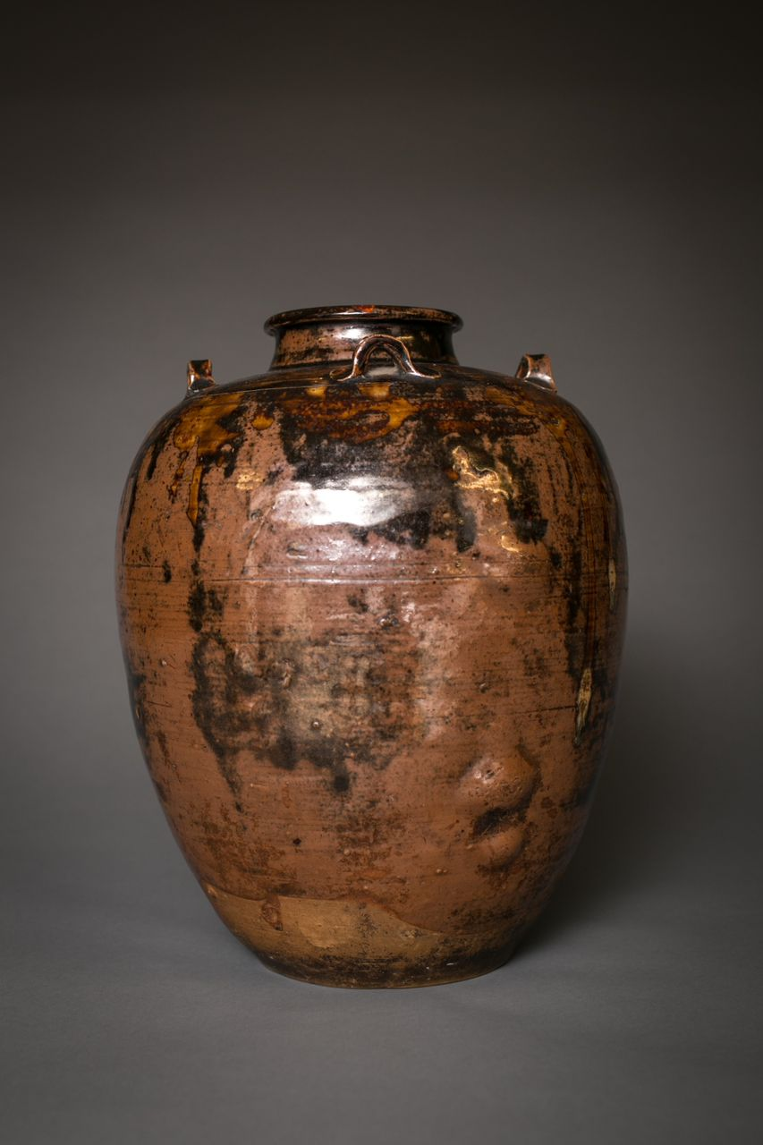 Japanese Seto-ware Earthen Jar