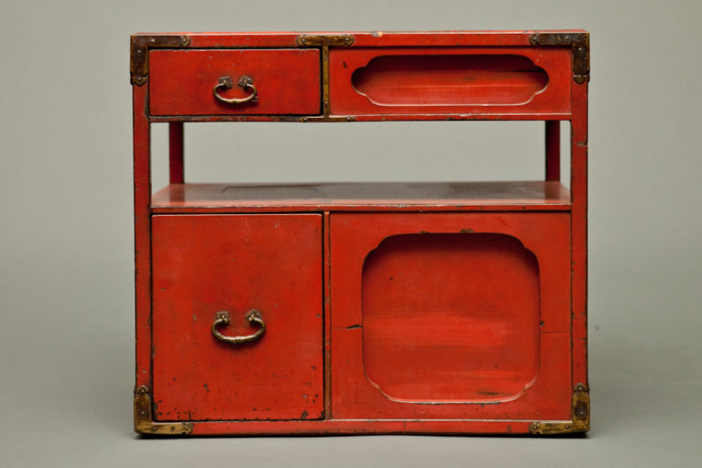 Japanese Vermillion Small Lacquer Storage Box
