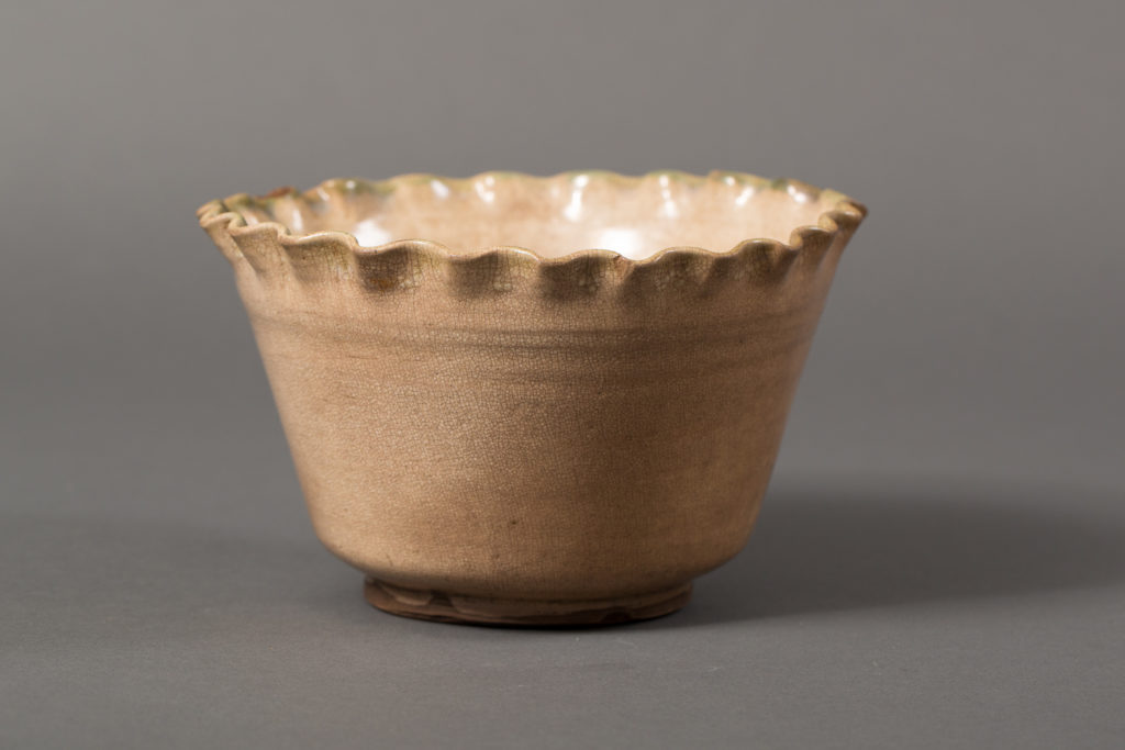 Ofukeware Bowl with Crackle Glaze and Rippled Edge