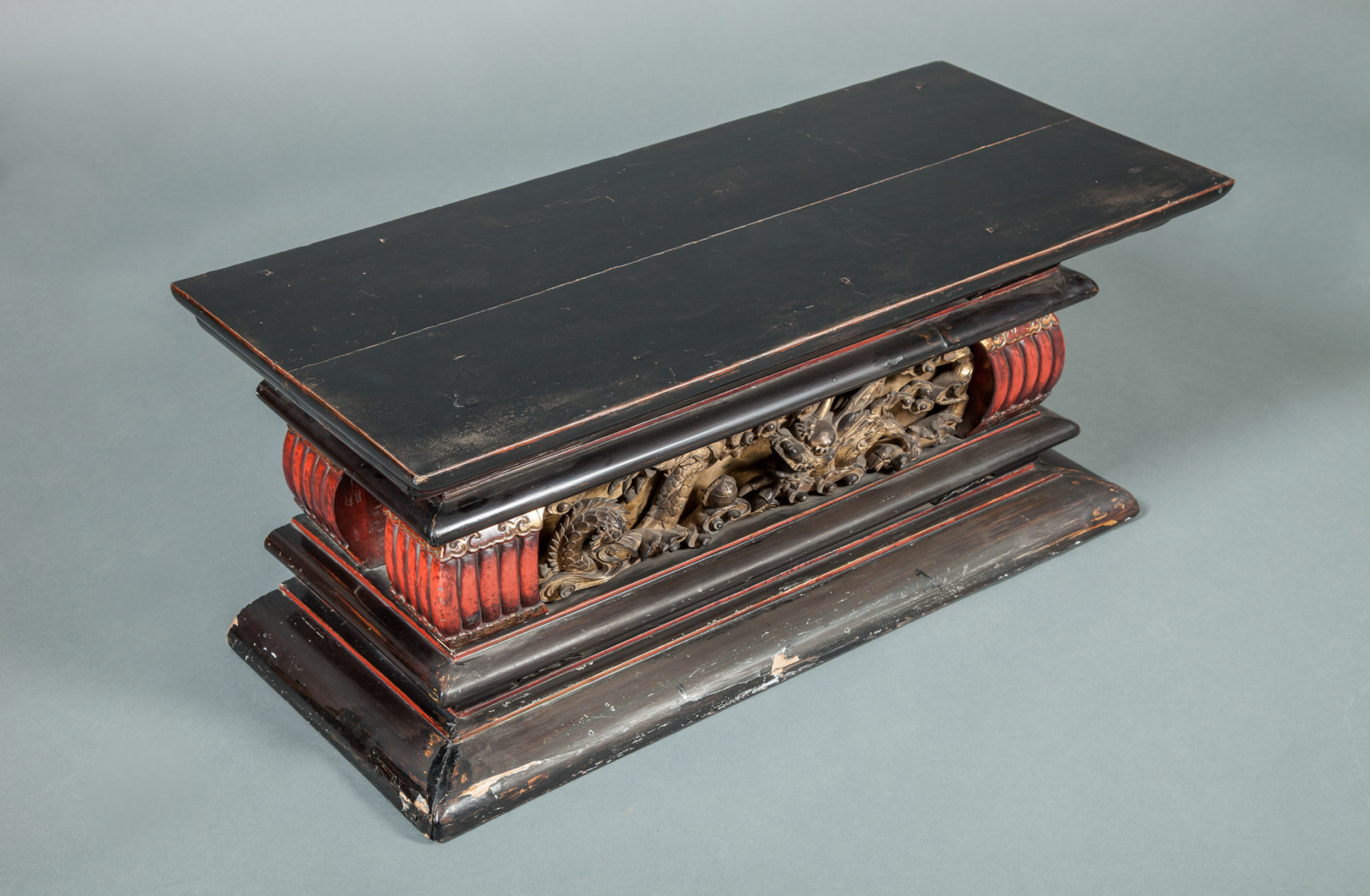 Temple Stand with Black Lacquer
