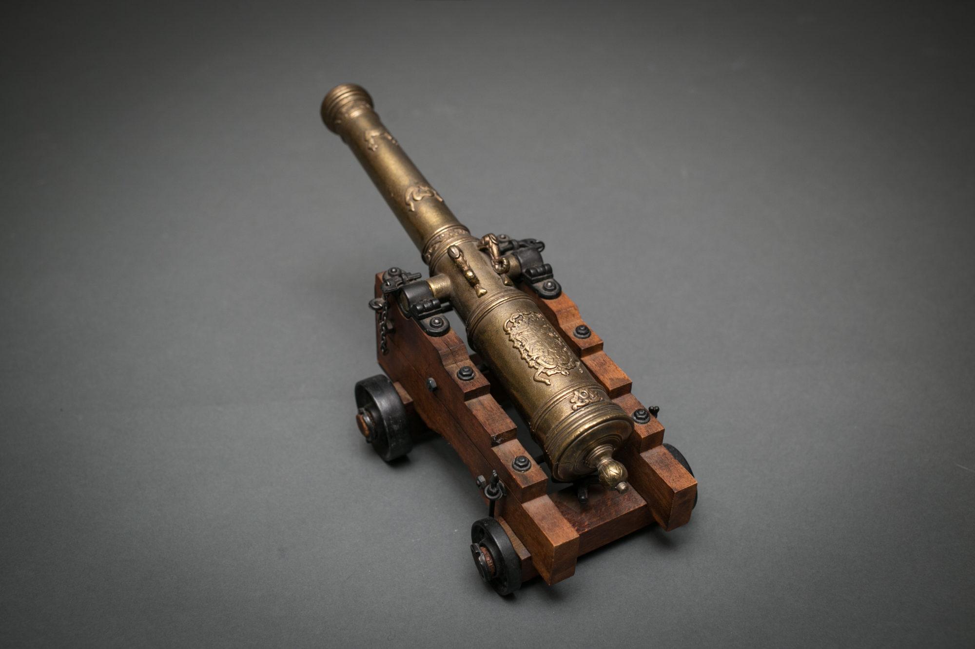 Model of European Cannon