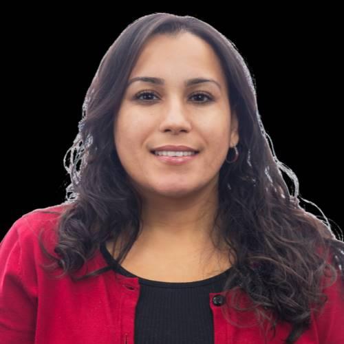Larissa Flores