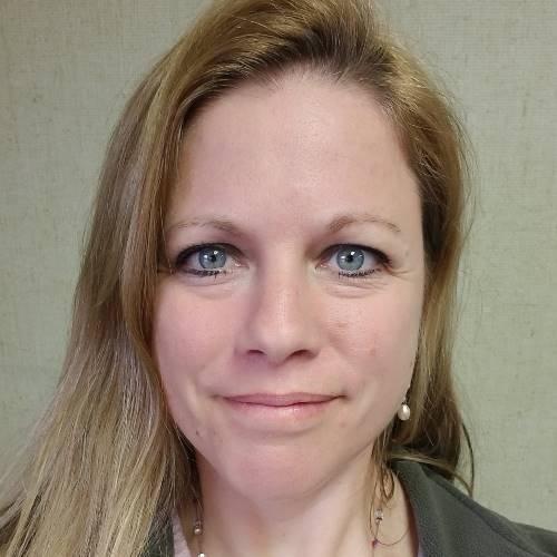 Melanie Zach