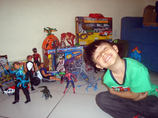 Presentes que o Gustavo ganhou em seu aniversário de 5 anos
