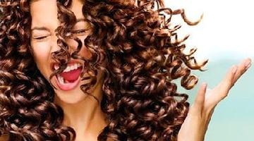 Как правильно ухаживать за кудрявыми волосами