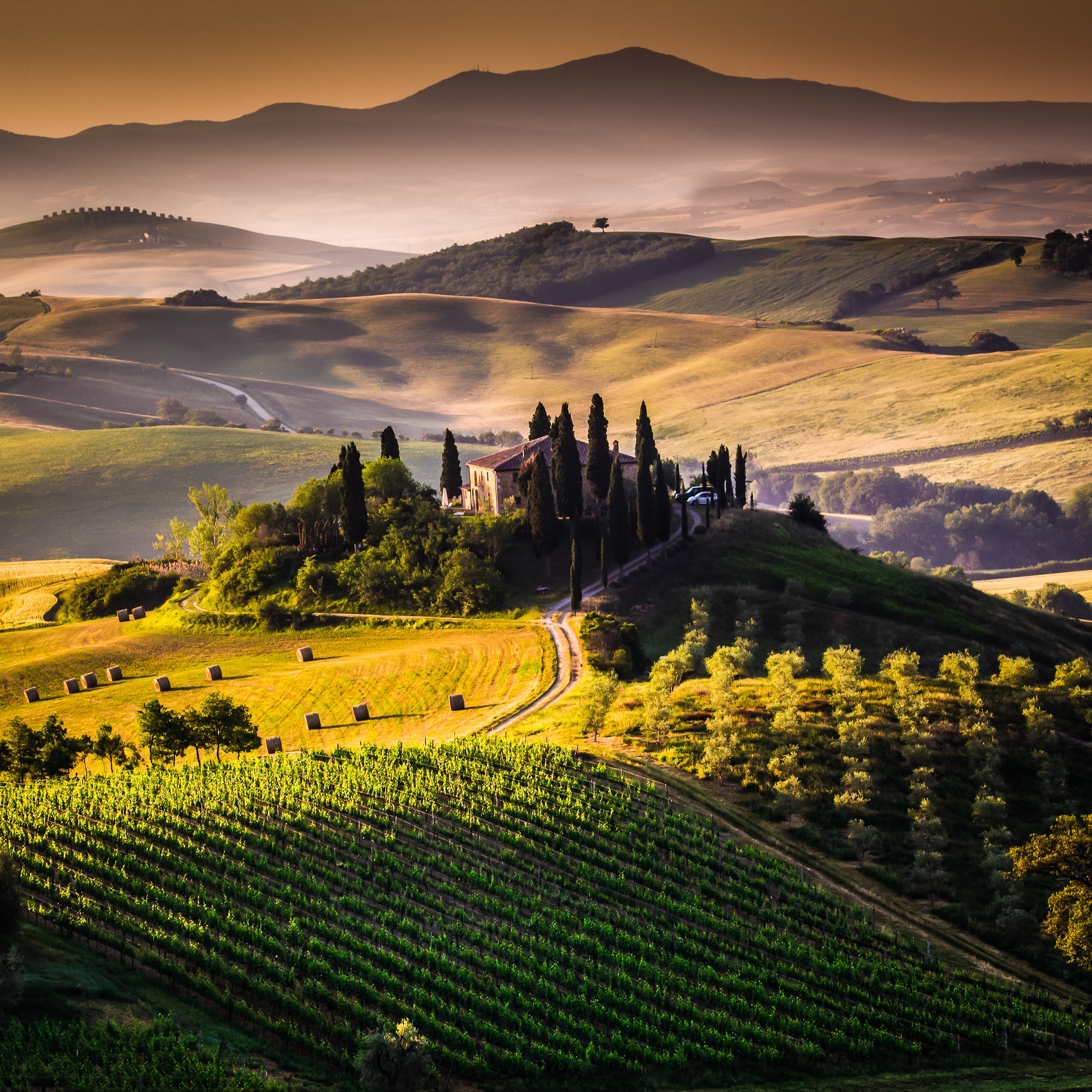Tuscan-House-shutterstock_126955577.jpg#