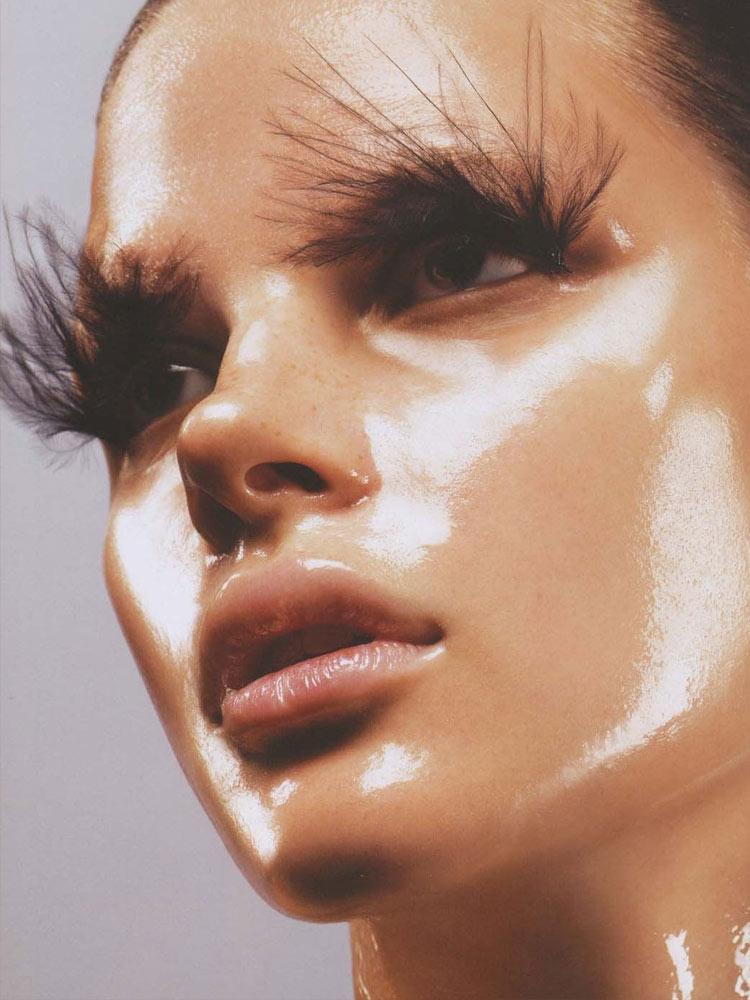 White-Highlighted Makeup : jamie nelson Vogue Turkey