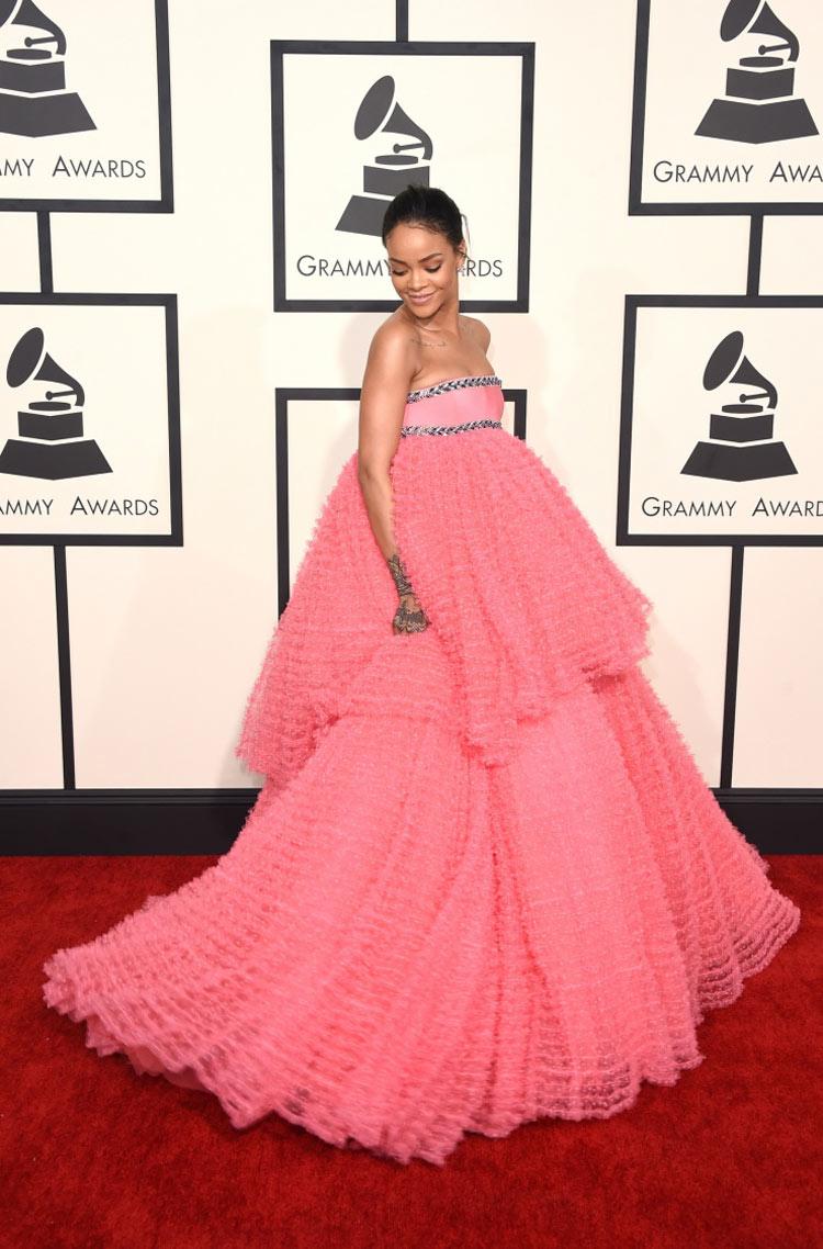 Rihanna wearing Giambattista Valli at the 2015 Grammy Awards