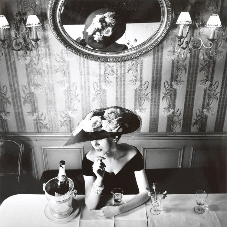 Christian Dior, Hat from the Raout silhouette, Spring 1956. Photo by Henry Clarke