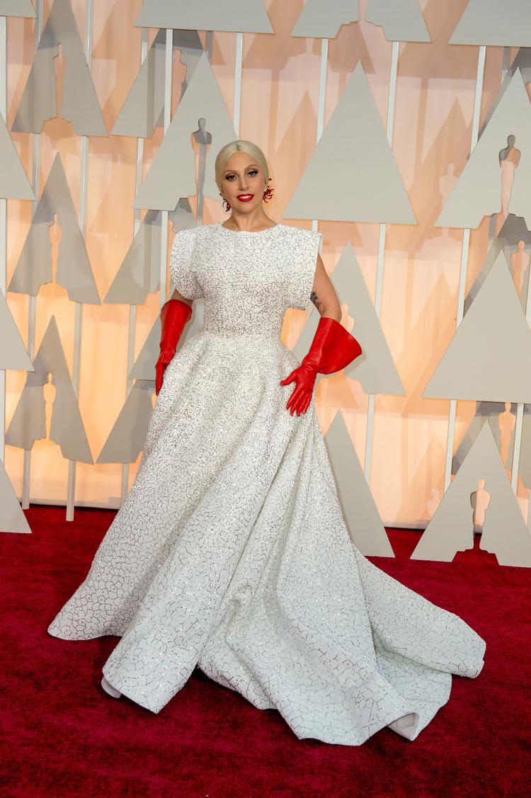Lady Gaga in Azzedine Alaïa at the Oscars 2015
