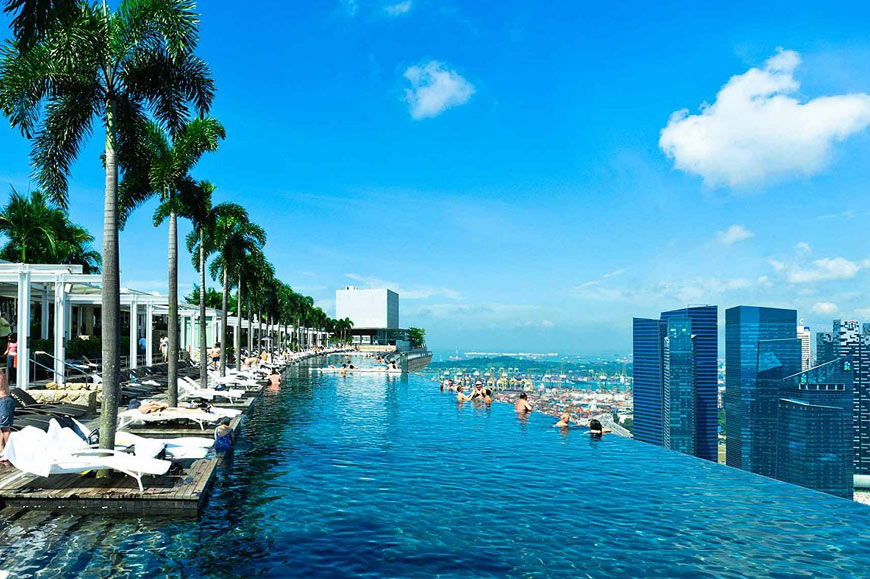 Rooftop infinity pool, Marina Bay Sands Hotel, Singapore