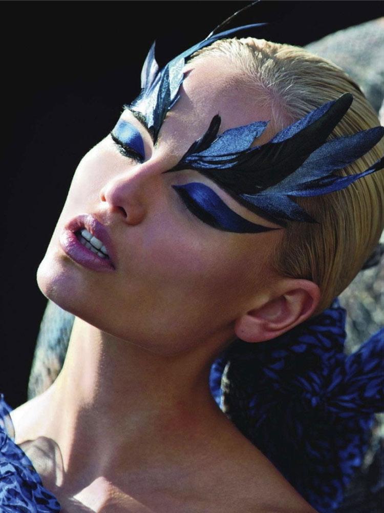 Model: Natasha Poly / Photo: Hans Feurer / Vogue Paris / August 2011
