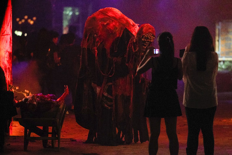 Scary Tales at the Halloween Horror Nights 4 in Singapore