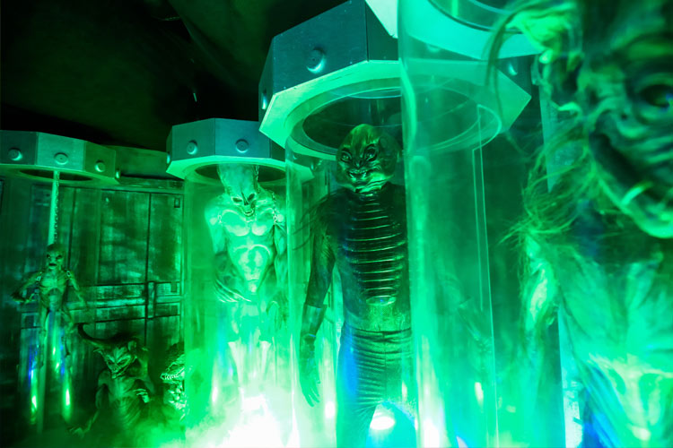 The Lab – Laboratory of Alien Breeding at the Halloween Horror Nights 4 in Singapore