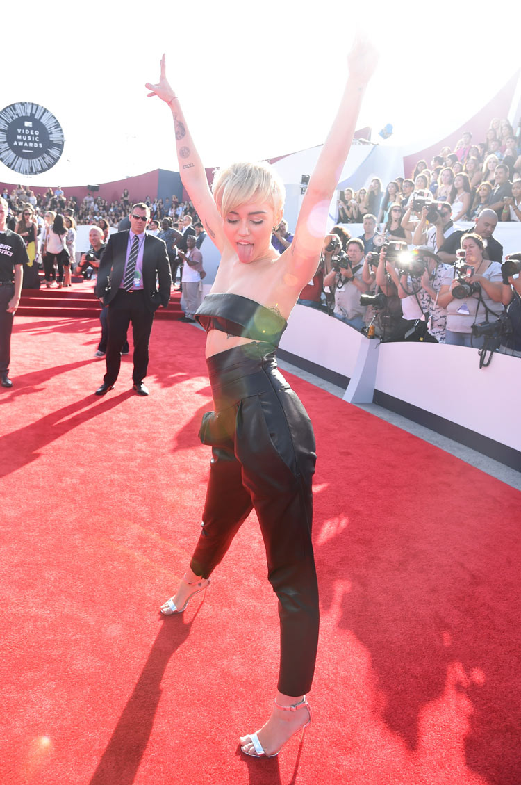 Miley Cyrus in Alexandre Vauthier at the 2014 MTV VMAS