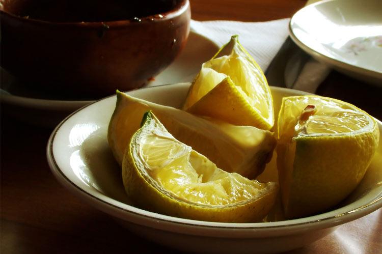 Moroccan beauty tips: henna and lemon