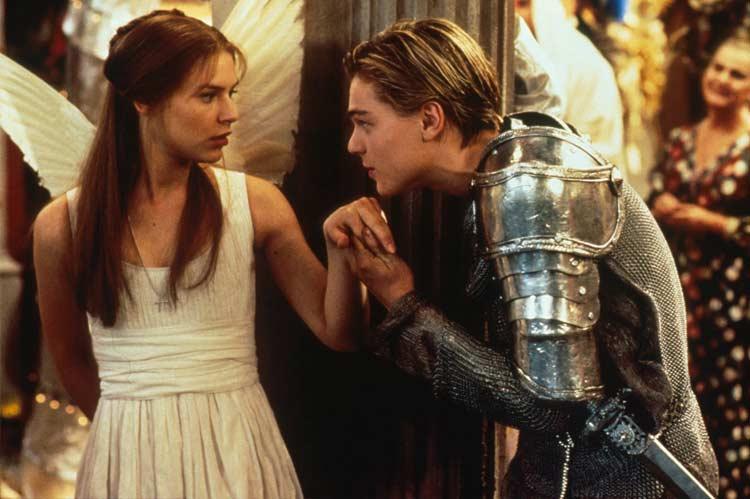 Claire Danes and Leonardo DiCaprio in Romeo + Juliet (1996)