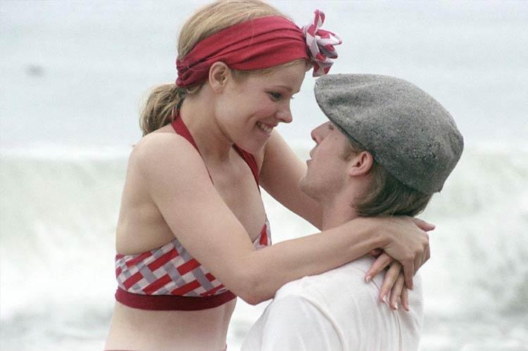 Rachel McAdams and Ryan Gosling in The Notebook (2004)