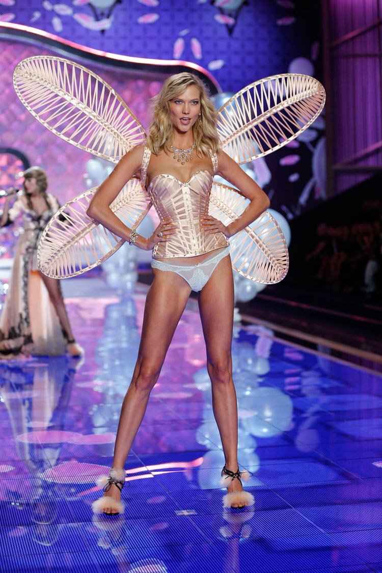 """Dream Girl"", Karlie Kloss for the 2014 Victoria's Secret fashion show"