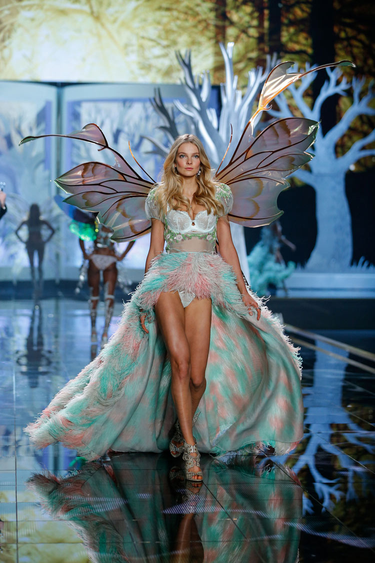 """Fairy Tale"", Eniko Mihalik for the 2014 Victoria's Secret fashion show"