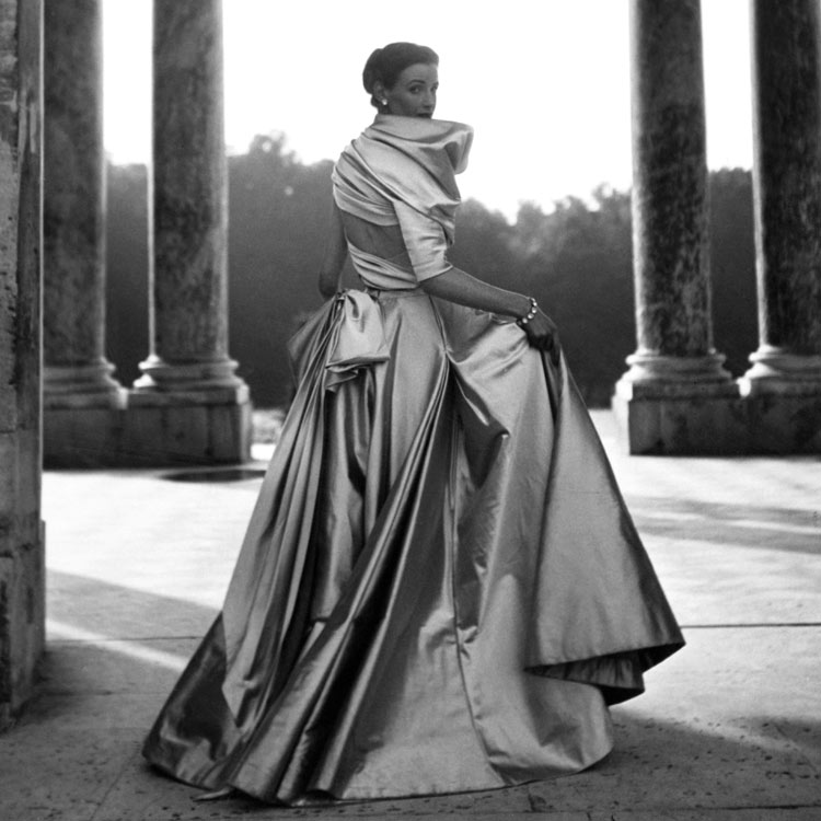 Wenda Rogerson in a Dior gown, Spring 1948. Photo by Clifford Coffin.