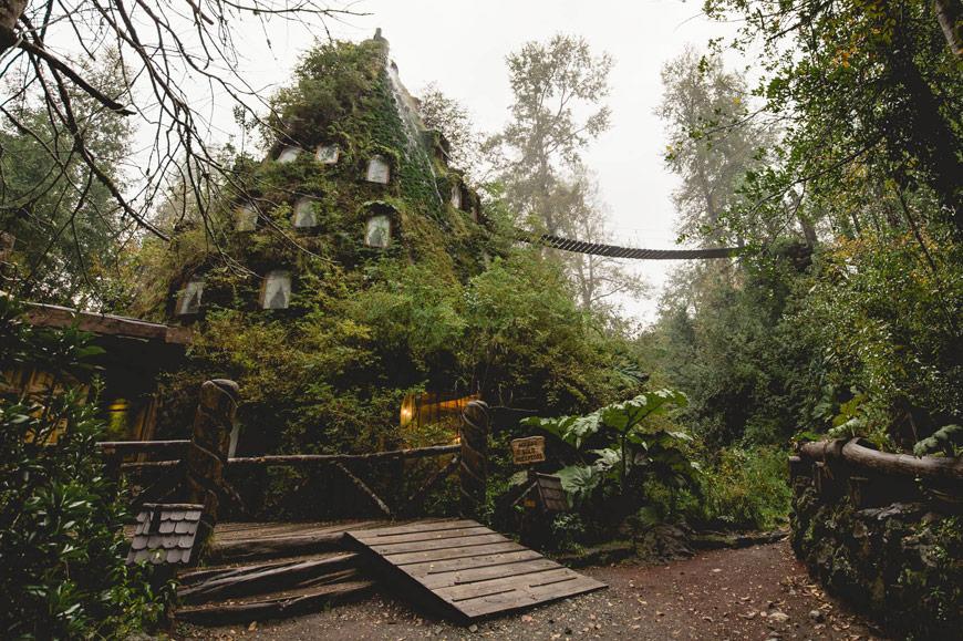 THE MAGIC MOUNTAIN LODGE, Huilo-Huilo, Chile