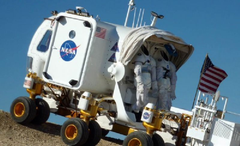 astronaut traveling space vehicle - photo #17