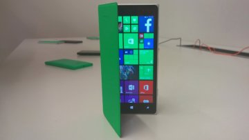 lumia-735-830-handson-08
