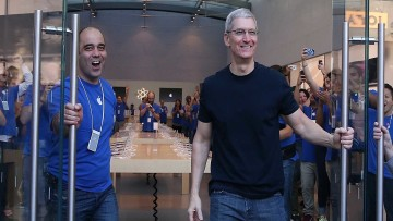 apple-announces-opening-weekend-iphone-6-sales-were-over-10-million