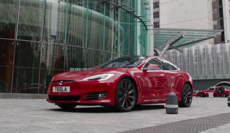 Tesla has hired the OpenAI researcher Andrej Karpathy. Widely recognised as an expert in artificial intelligence, he will become director of AI and Autopilot Vision at the car firm.