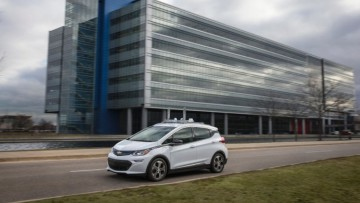 1487405552_chevy_bolt_autonomous