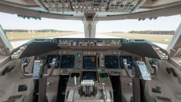 1497019067_cockpit-boeing