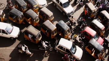 1501011561_india-traffic-796x398