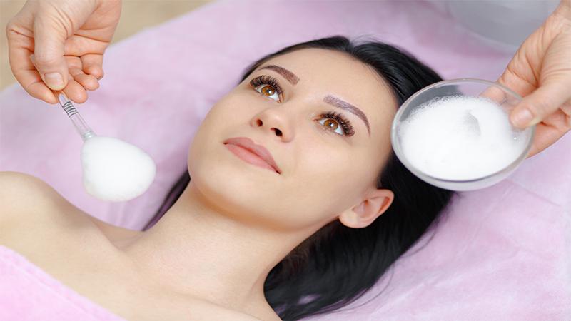 como e feita a limpeza de pele