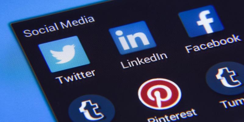 divulgar as ações do gabinete nas redes sociais