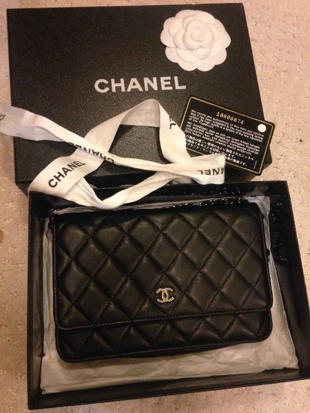 f1c260b1533c 100% authentic chanel WOC Black Lambskin | Loupe Troop