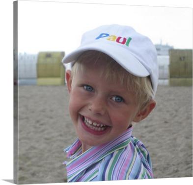 Foto eines kleinen Jungen auf Leinwand gedruckt